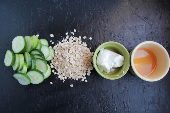 Cucumber,-honey-and-oat-face-mask