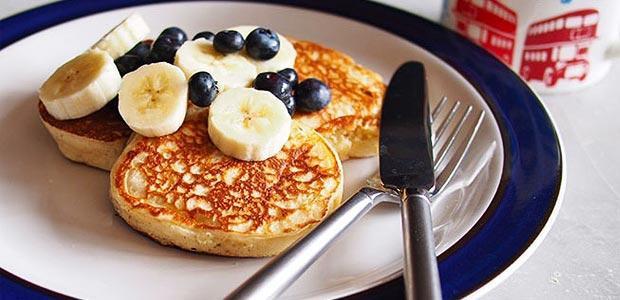 vanilla-yogurt-pancakes