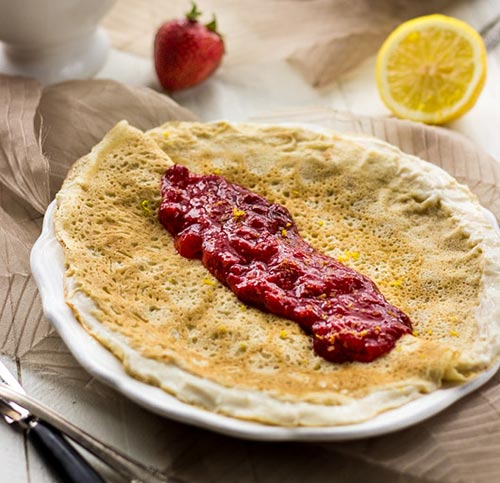 healthy-crepe-recipe-lemon-strawberry
